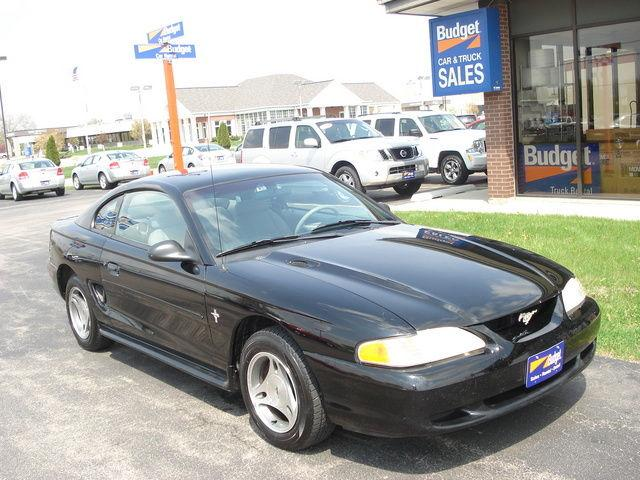 1998 ford mustang for sale in cedar rapids iowa classified. Black Bedroom Furniture Sets. Home Design Ideas