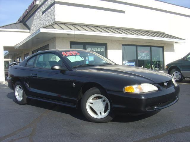 1998 ford mustang for sale in cudahy wisconsin classified. Black Bedroom Furniture Sets. Home Design Ideas