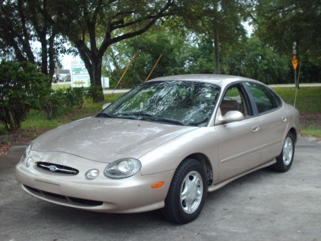 1998 ford taurus se for sale in clearwater florida. Black Bedroom Furniture Sets. Home Design Ideas