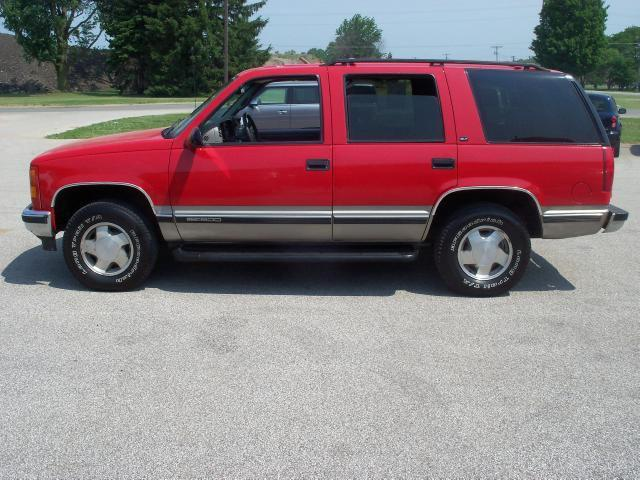 1998 gmc yukon slt for sale in bridgman michigan classified. Black Bedroom Furniture Sets. Home Design Ideas