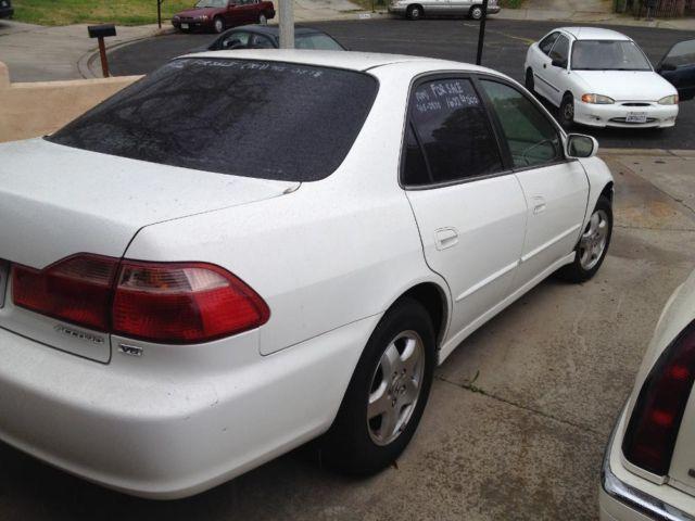 1998 Honda Accord Ex V6 -white