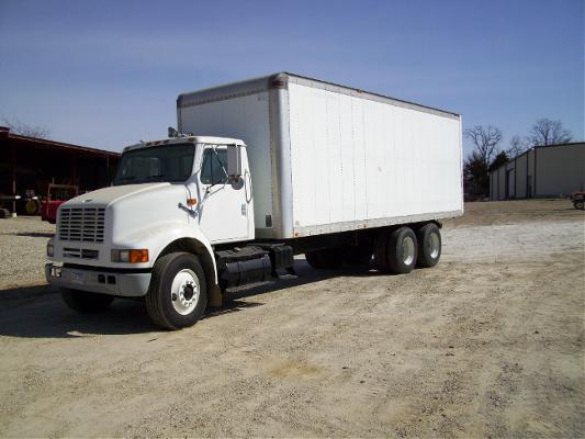 1998 international 8100 tandem axle box truck for sale in for 4 box auto in tandem