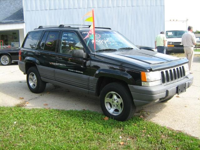 1998 jeep grand cherokee for sale in newark ohio classified. Black Bedroom Furniture Sets. Home Design Ideas