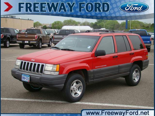 1998 jeep cherokee for sale lookup beforebuying. Black Bedroom Furniture Sets. Home Design Ideas
