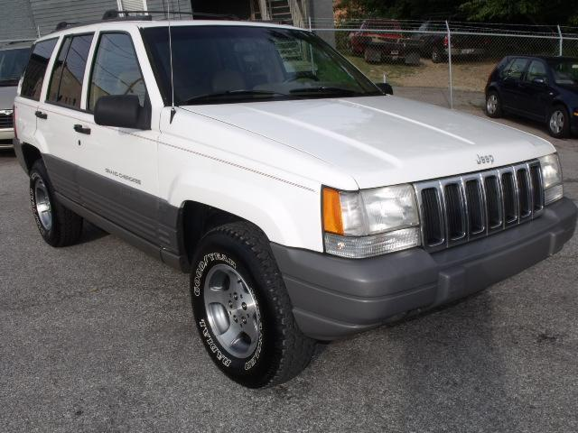 1998 jeep grand cherokee laredo for sale in new albany indiana classified. Black Bedroom Furniture Sets. Home Design Ideas