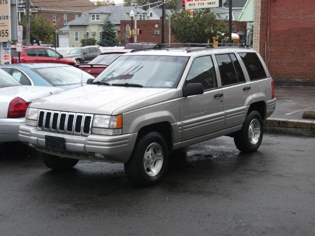 1998 jeep grand cherokee laredo for sale in clifton new jersey classified. Black Bedroom Furniture Sets. Home Design Ideas
