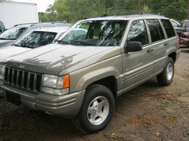 1998 jeep grand cherokee laredo for sale in old saybrook connecticut classified. Black Bedroom Furniture Sets. Home Design Ideas