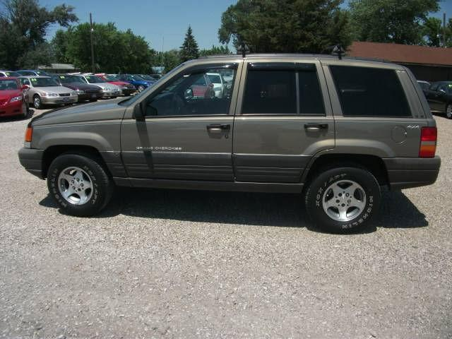 1998 jeep grand cherokee laredo for sale in onawa iowa classified. Black Bedroom Furniture Sets. Home Design Ideas