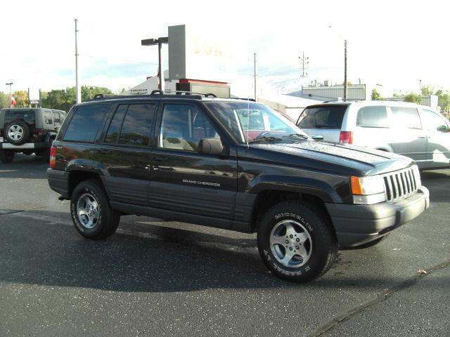 1998 jeep grand cherokee laredo for sale in goshen indiana classified. Black Bedroom Furniture Sets. Home Design Ideas