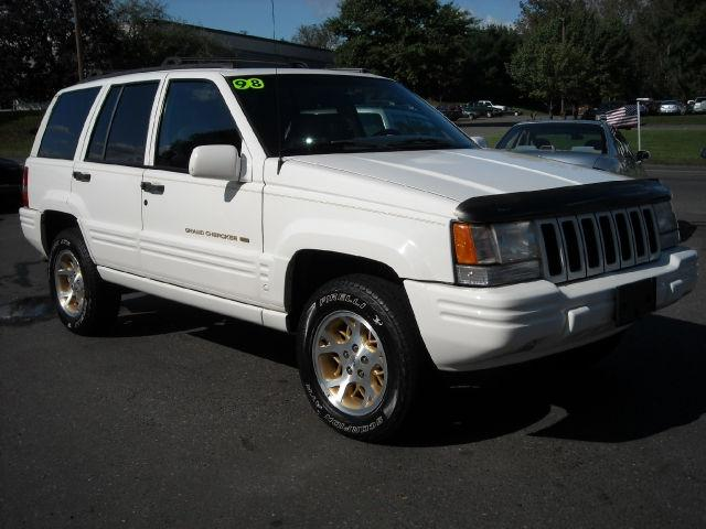 1998 jeep grand cherokee limited 4wd for sale in newington connecticut classified. Black Bedroom Furniture Sets. Home Design Ideas