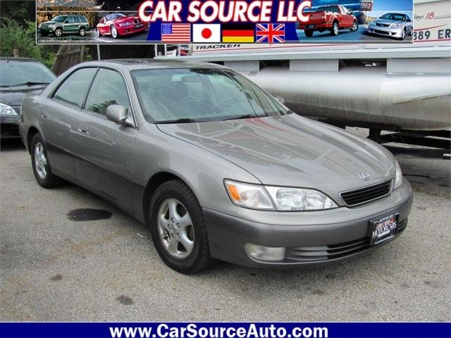 1998 lexus es 300 for sale in grove city ohio classified. Black Bedroom Furniture Sets. Home Design Ideas