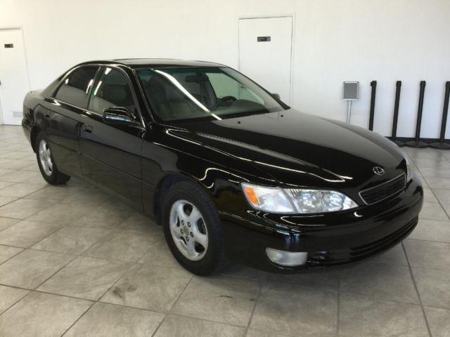 1998 lexus es 300 black luxury sedan reliable passed smog nice for sale in gold river. Black Bedroom Furniture Sets. Home Design Ideas