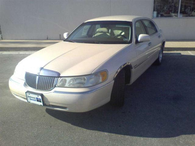 1998 Lincoln Town Car Cartier For Sale In Marble Falls Texas