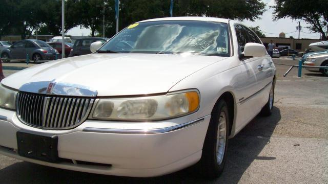 1998 lincoln town car executive for sale in arlington texas classified. Black Bedroom Furniture Sets. Home Design Ideas