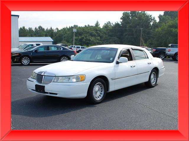 1998 lincoln town car executive for sale in lexington north carolina classified. Black Bedroom Furniture Sets. Home Design Ideas