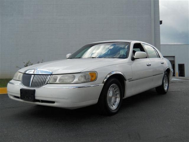1998 Lincoln Town Car Executive For Sale In Silver Spring Maryland