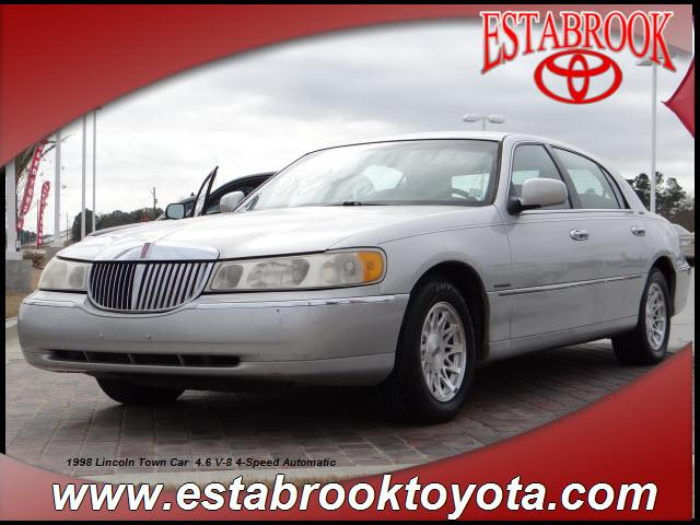 1998 Lincoln Town Car Signature Moss Point, MS