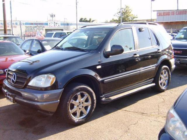 1998 mercedes benz m class ml320 for sale in van nuys for Mercedes benz dealer van nuys