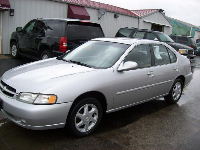 1998 nissan altima for sale in new lenox illinois classified. Black Bedroom Furniture Sets. Home Design Ideas