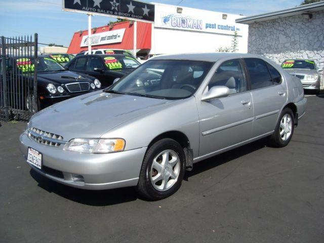 1998 nissan altima family size great car runs great for sale in gold river. Black Bedroom Furniture Sets. Home Design Ideas