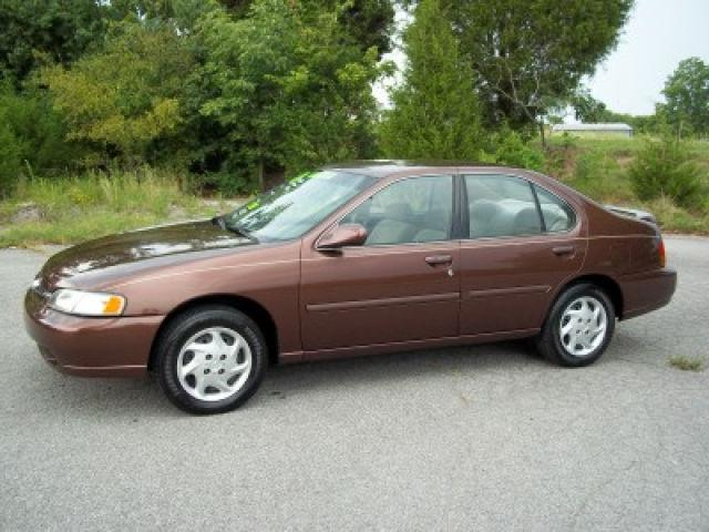1998 nissan altima gxe for sale in old hickory tennessee. Black Bedroom Furniture Sets. Home Design Ideas