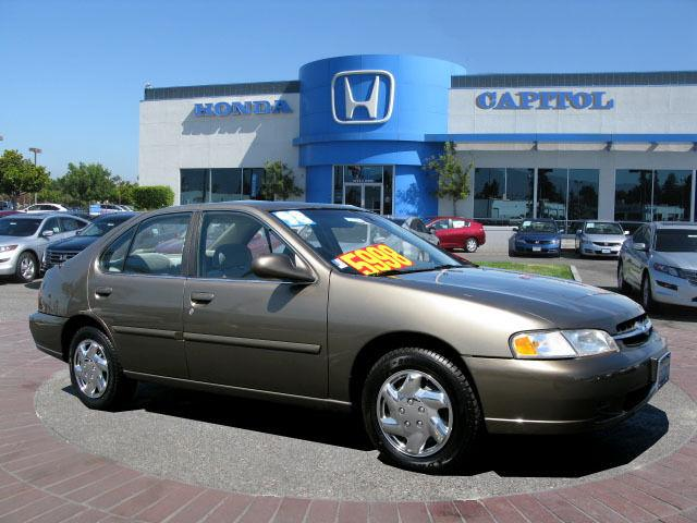 Great 1998 Nissan Altima GXE