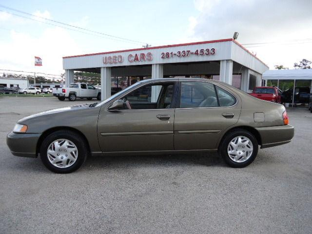 1998 nissan altima gxe for sale in dickinson texas classified. Black Bedroom Furniture Sets. Home Design Ideas