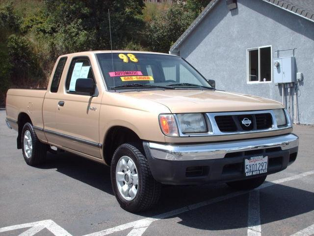 1998 nissan frontier xe for sale in redding california classified. Black Bedroom Furniture Sets. Home Design Ideas