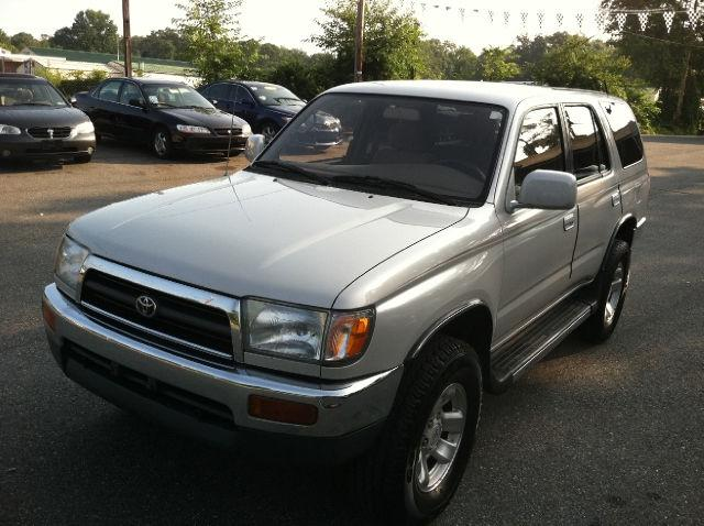 1998 Toyota 4Runner SR5 4WD for Sale in Pasadena Maryland