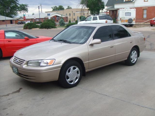 1998 toyota camry for sale in fort lupton colorado classified. Black Bedroom Furniture Sets. Home Design Ideas