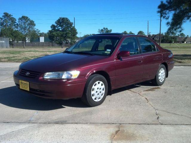 1998 toyota camry le sedan 1 owner moonroof warranty autocheck for sale in spring texas. Black Bedroom Furniture Sets. Home Design Ideas