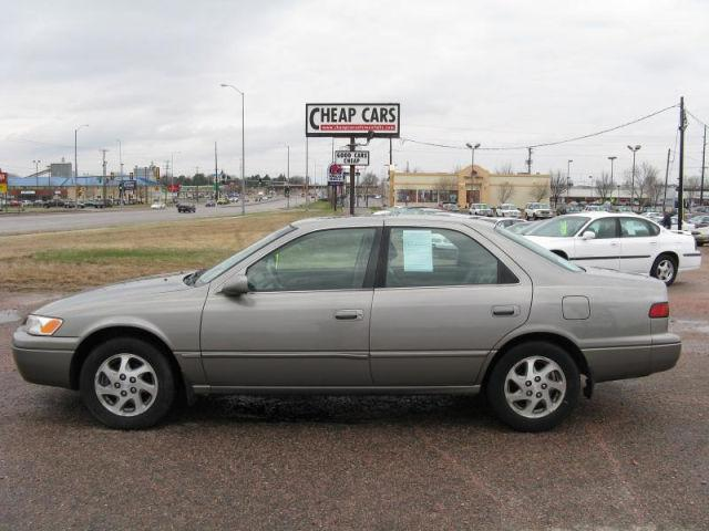 1998 toyota camry le v6 for sale in sioux falls south dakota classified. Black Bedroom Furniture Sets. Home Design Ideas