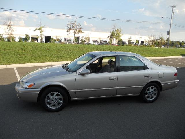 1998 toyota camry xle v6 for sale in chantilly virginia classified. Black Bedroom Furniture Sets. Home Design Ideas