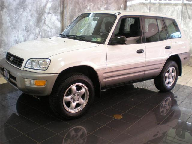 1998 toyota rav4 for sale in akron ohio classified. Black Bedroom Furniture Sets. Home Design Ideas