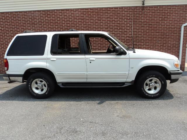 1998 ford explorer xlt for sale in annville pennsylvania classified. Black Bedroom Furniture Sets. Home Design Ideas