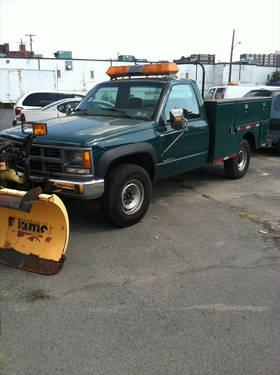 1999 Chevrolet CK 2500 Diesel Truck with plow - 104,000