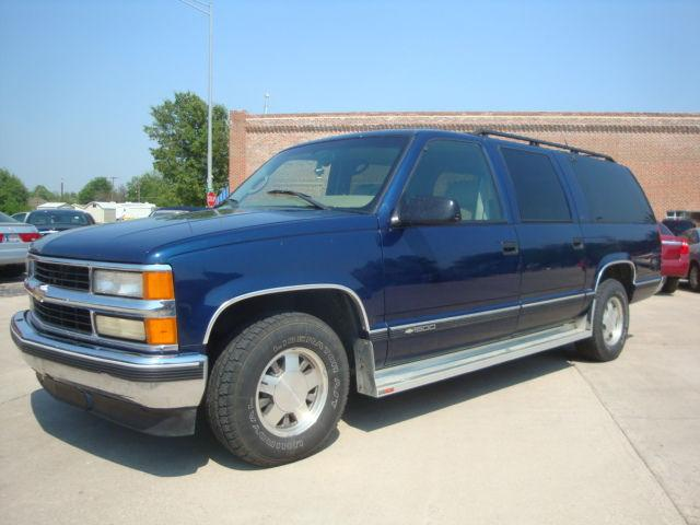1999 chevrolet suburban 1500 for sale in skiatook oklahoma classified. Black Bedroom Furniture Sets. Home Design Ideas