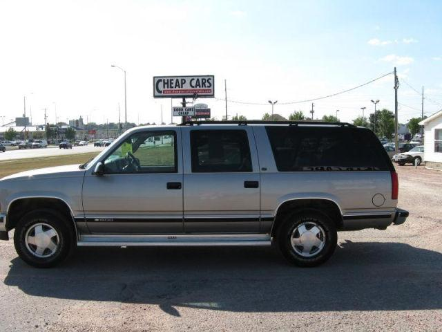 1999 chevrolet suburban 1500 for sale in sioux falls south dakota classified. Black Bedroom Furniture Sets. Home Design Ideas