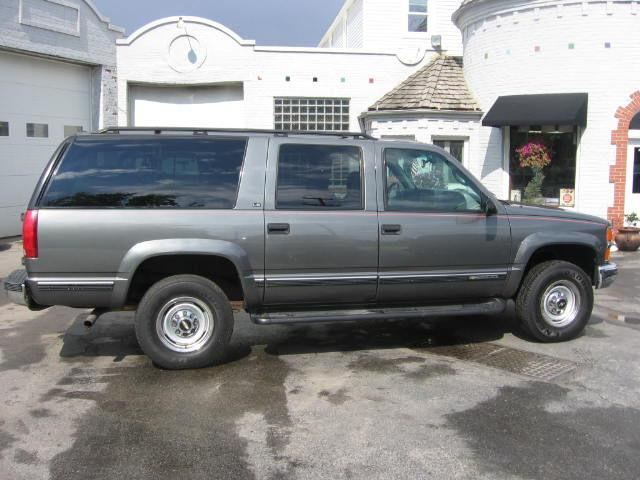 1999 chevrolet suburban 2500 ls for sale in muskego. Black Bedroom Furniture Sets. Home Design Ideas