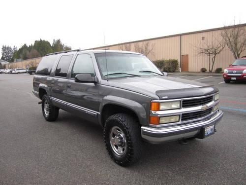 1999 chevrolet suburban 2500 lt 4x4 runs and drives great pri for sale in everett washington. Black Bedroom Furniture Sets. Home Design Ideas
