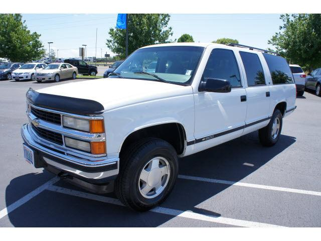 1999 chevrolet suburban for sale in albany oregon. Black Bedroom Furniture Sets. Home Design Ideas