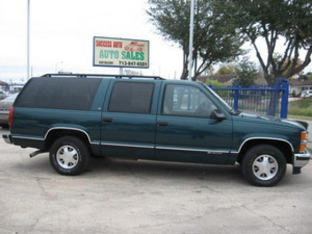 1999 chevrolet suburban c1500 for sale in houston texas classified. Black Bedroom Furniture Sets. Home Design Ideas