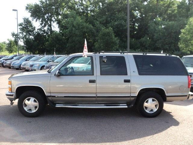 1999 chevrolet suburban ls for sale in sioux falls south for Billion motors sioux falls south dakota