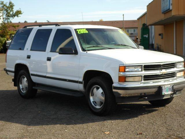 1999 chevrolet tahoe for sale in salem oregon classified. Black Bedroom Furniture Sets. Home Design Ideas