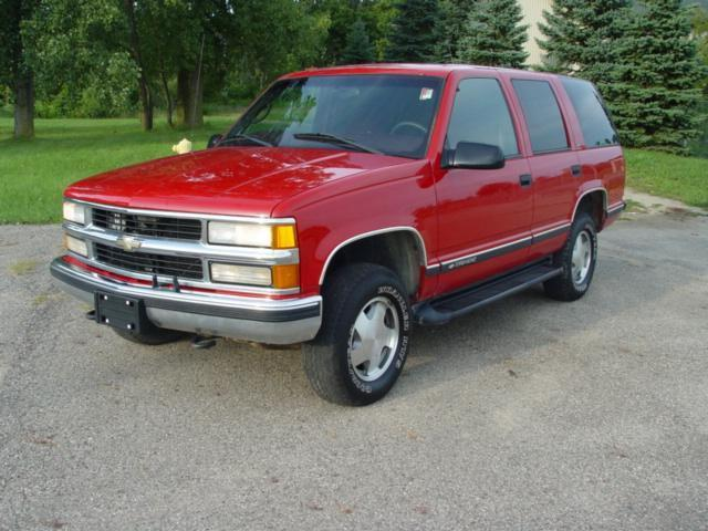 1999 chevrolet tahoe ls for sale in charlotte michigan classified. Black Bedroom Furniture Sets. Home Design Ideas