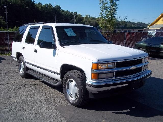 1999 chevrolet tahoe lt for sale in louisville kentucky. Black Bedroom Furniture Sets. Home Design Ideas