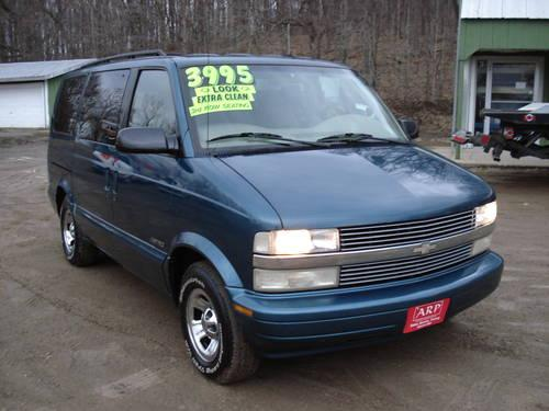 1999 chevy astro van for sale in jefferson wisconsin classified. Black Bedroom Furniture Sets. Home Design Ideas