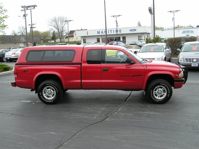 1999 dodge dakota sport for sale in manitowoc wisconsin. Black Bedroom Furniture Sets. Home Design Ideas