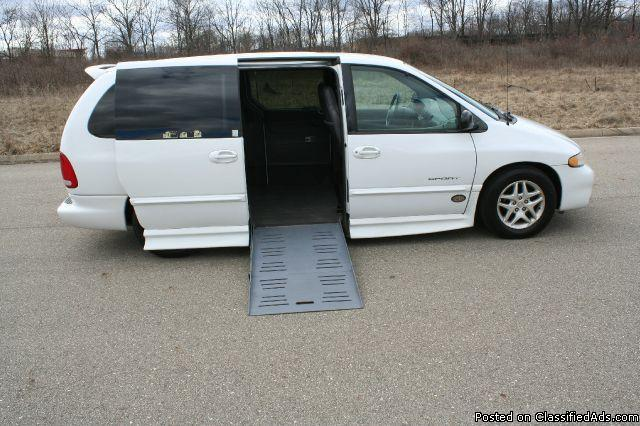 1999 dodge grand caravan for sale in jackson michigan. Black Bedroom Furniture Sets. Home Design Ideas