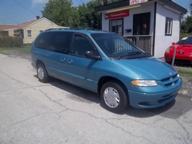 1999 dodge grand caravan se for sale in uniontown. Black Bedroom Furniture Sets. Home Design Ideas